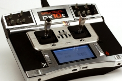 1_spektrum-DX10t-transmitter-radio
